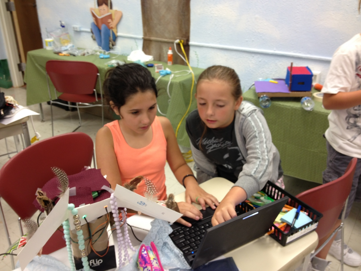 Photo credit:  CREATE Lab<br>Many corporate grantmakers are funding STEM projects in their communities.